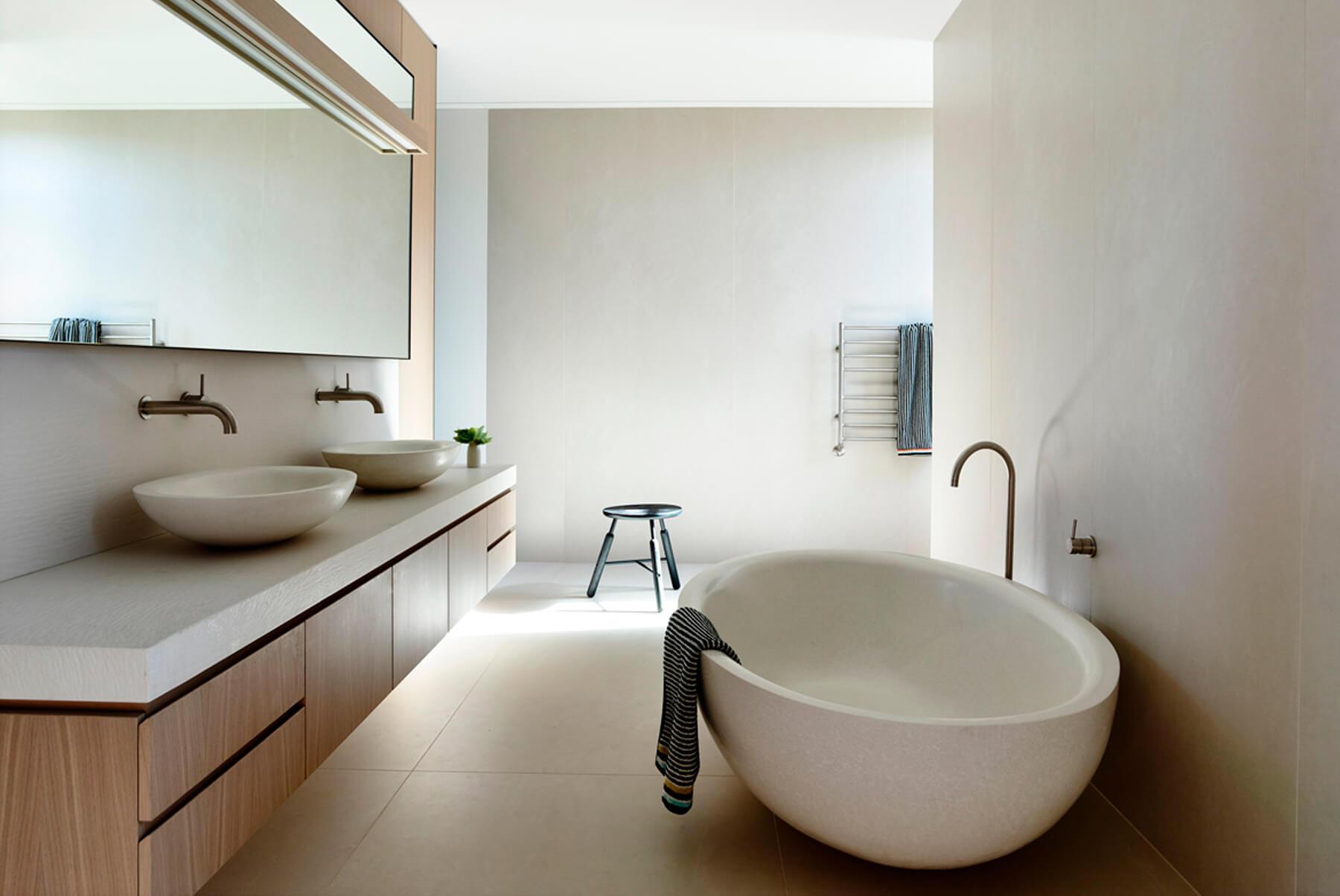 ARTESIAN-Concrete-Bath-inset-1-1800x1204