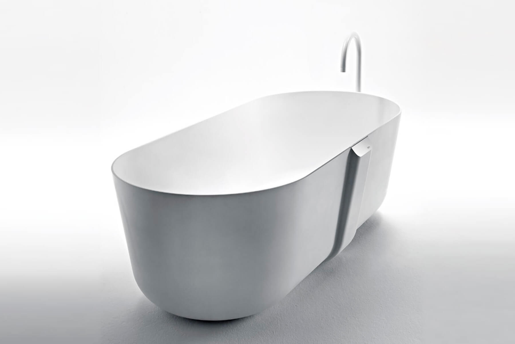 Bath-Tubs-Falper-Quattro-zero-angle-1800x1204