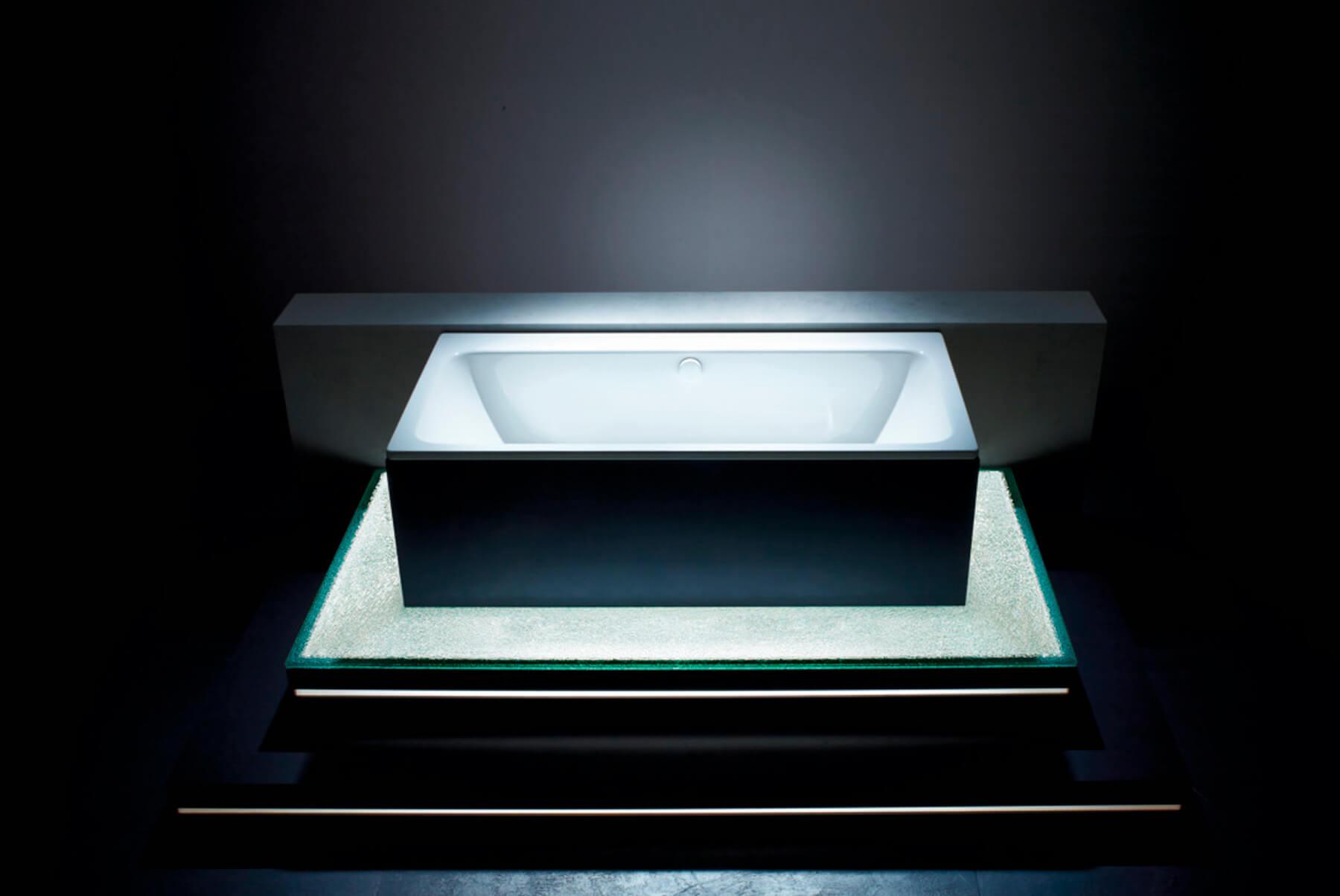 Bath-Tubs-Kaldewei-asymmetric-4-1800x1204