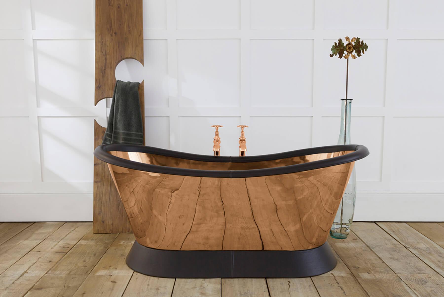 Bath-Tubs-hurlinghma-copper-bateau-conway-leather-plinth-roll-1800x1204