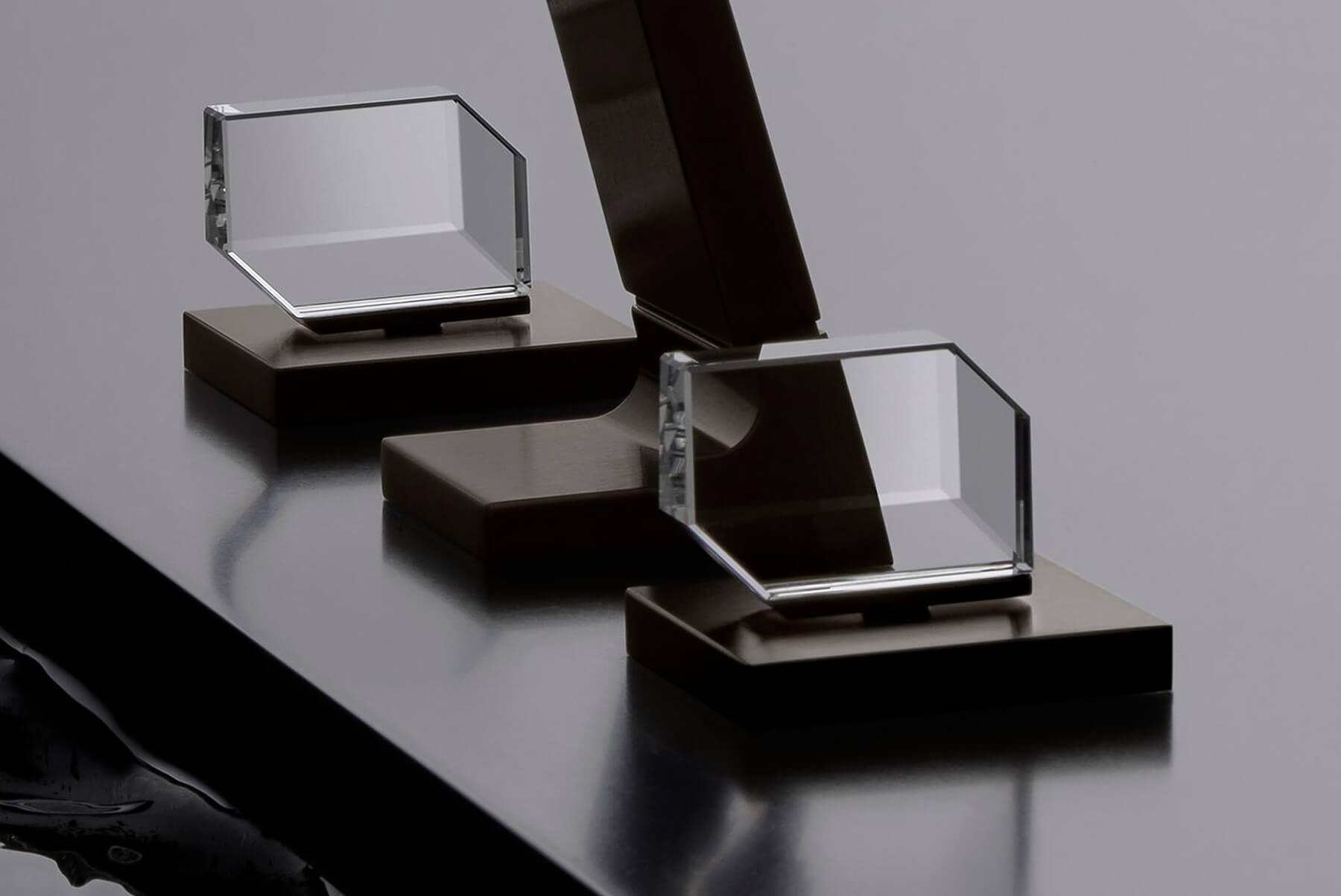 Brassware-Dornbracht-CL1-inset-6-1800x1204