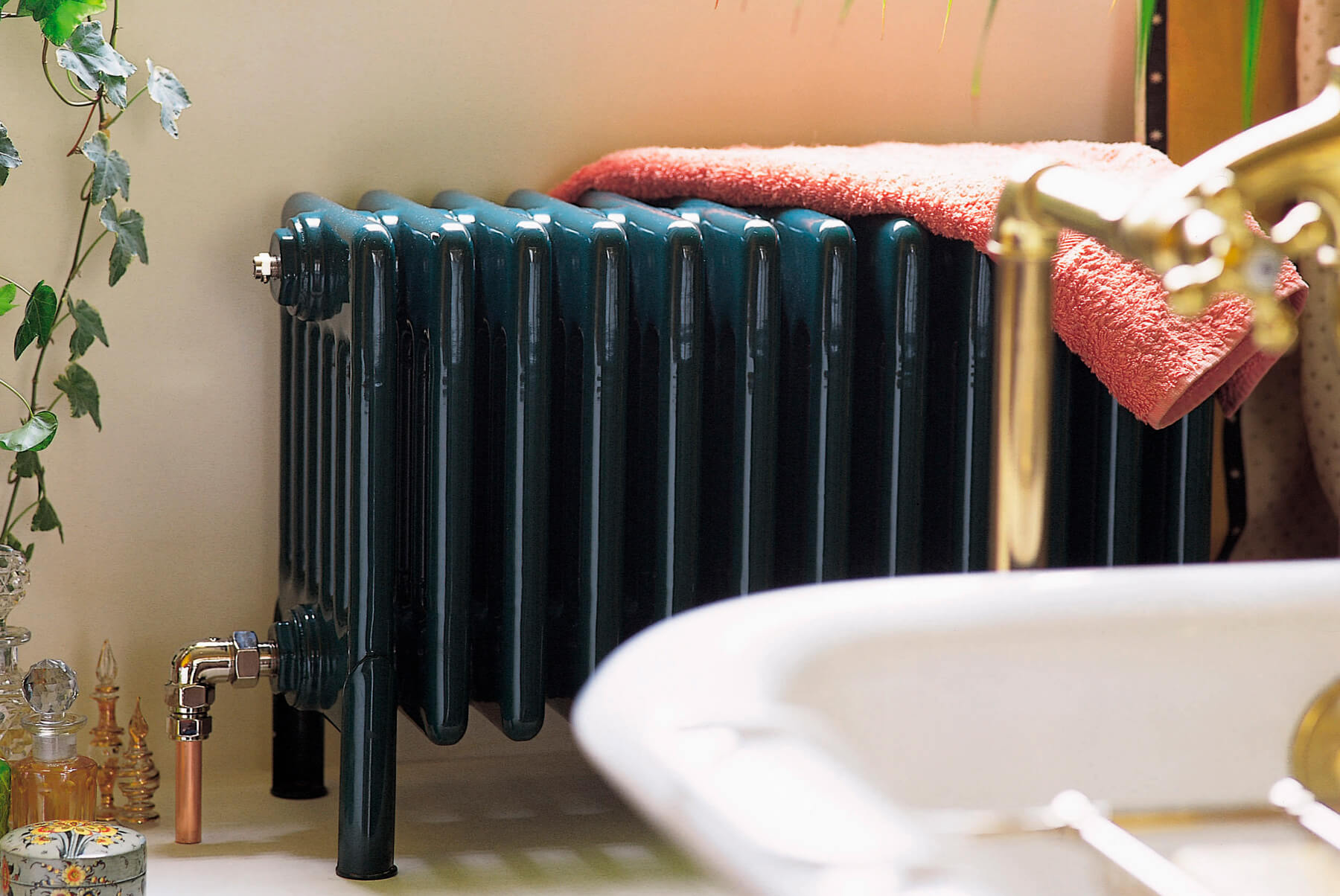 Radiators-&-Towel-Warmers-BISQUE-CLASSIC-INSET-1-1800x1204