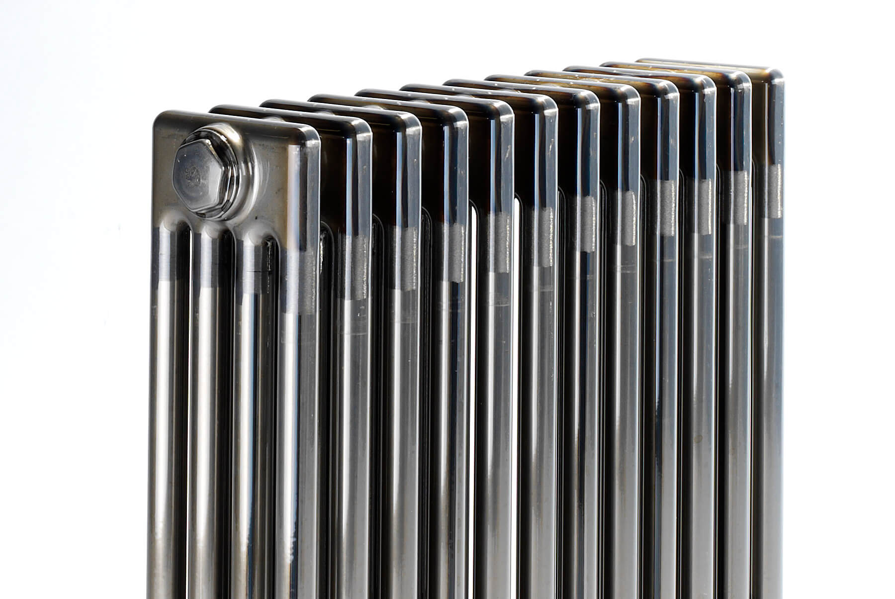 Radiators-&-Towel-Warmers-BISQUE-CLASSIC-INSET-3-1800x1204