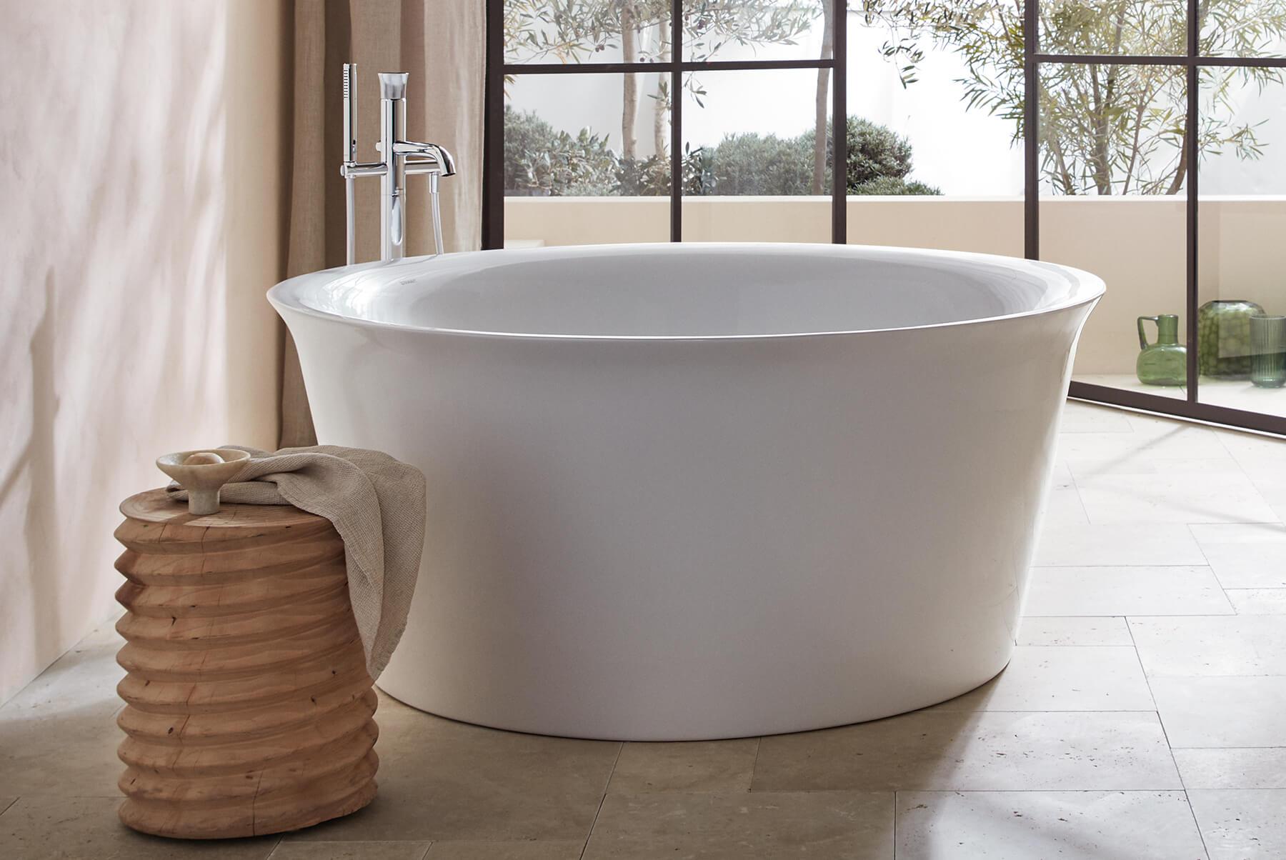DURAVIT-White-Tulip-Bathtub-round-1800x1204