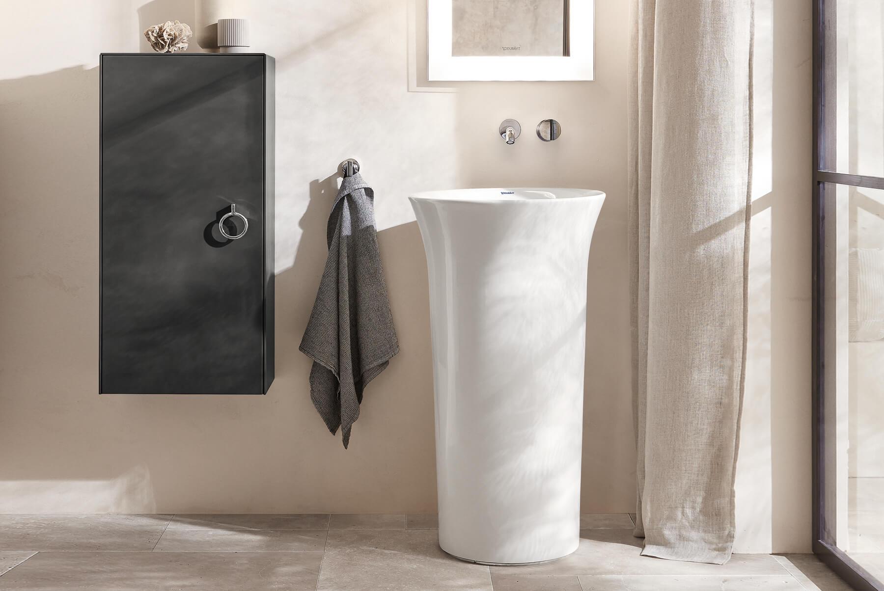 DURAVIT-White-Tulip-Freestanding-1800x1204